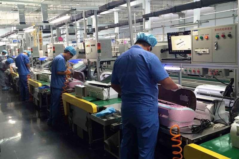 貿易戰引發供應鏈遷移,台灣以優惠措施吸引台商回台投資。(資料照片,新華社)