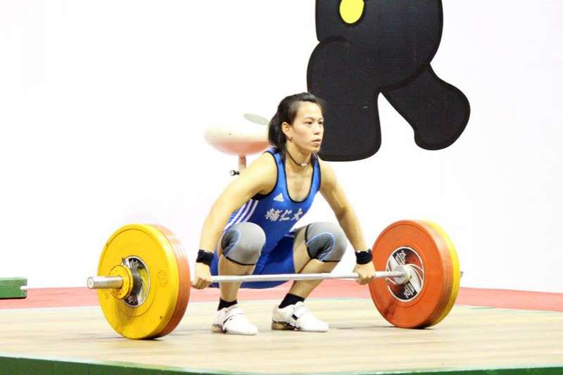 我國女子舉重好手郭婞淳,在去年世大運一舉打破世界紀錄,今年出征雅加達亞運,誓言要拿下金牌。(圖片截自郭婞淳粉絲頁)