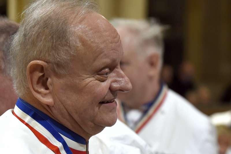 2018年8月6日,法國一代名廚侯布雄(Joel Robuchon)於瑞士日內瓦因癌症過世,享壽73歲。(AP)
