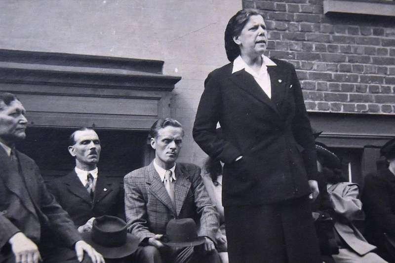 德荷莫是男性當道的年代中少數積極投身公共事務的女性。(授權自Martha Desrumaux,une femme du Nord粉絲專頁)