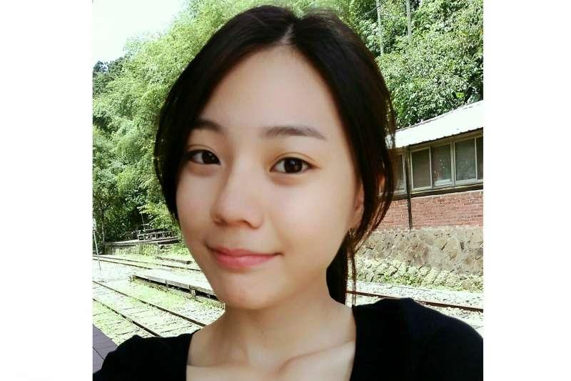 高雄女中應屆畢業生馮琪淯,考上台大醫科。(取自馮琪淯臉書)