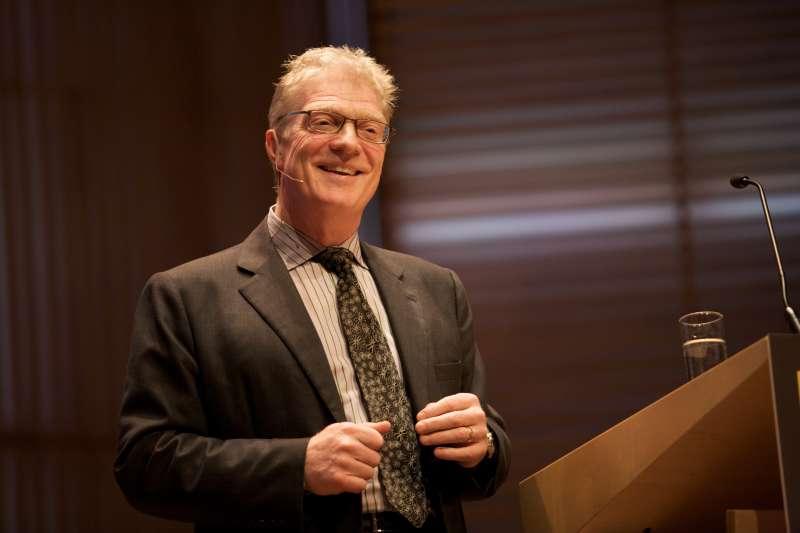肯.羅賓森(Ken Robinson)是全球最具影響力的教育家。(圖/Sebastiaan ter Burg@flickr)