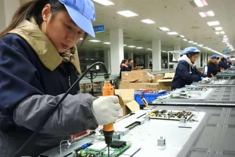 總共價值63億美元的中國半導體產品將受到關稅的打擊。(BBC中文網)