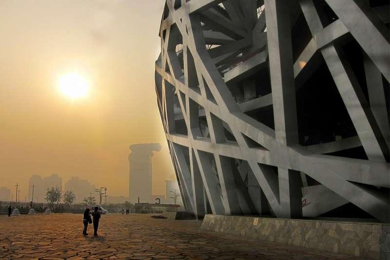 2008年時,很多觀察家期待,北京奧運能成為中國一個新時代的起點﹕輿論更加開放;國家逐漸民主;公民社會蓬勃發展。十年後,他們意識到,那一年是起點也是終點,更是一個分水嶺。(圖/PIXABOY)