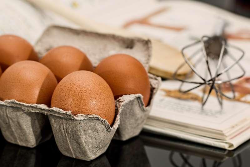 2歲女童觸摸雞蛋未洗手就拿東西吃,感染沙門氏桿菌腸胃炎,腹瀉一週未治癒釀成嚴重腹膜炎(圖/pixabay)