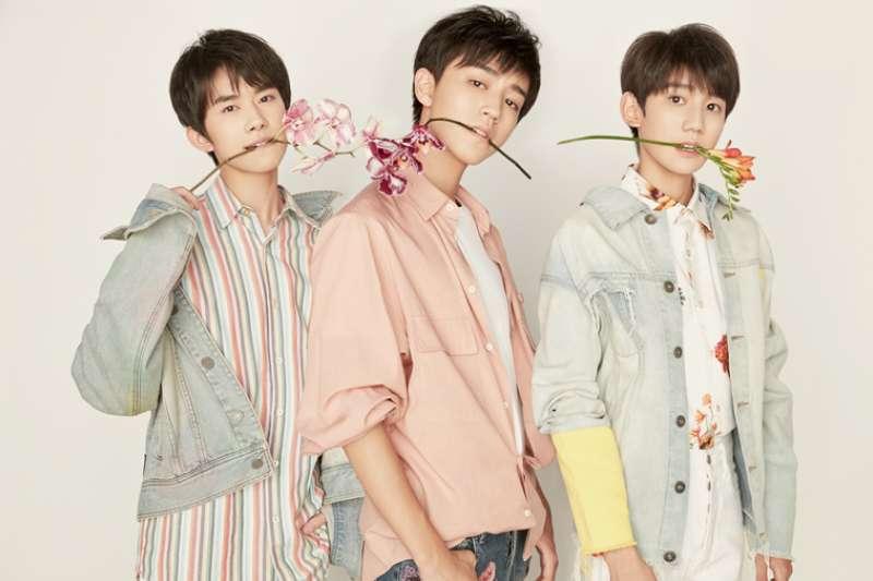 由王俊凱、王源和易烊千璽組成的中國少年偶像團體:TFBOYS。(翻攝TFBOYS家族官網)
