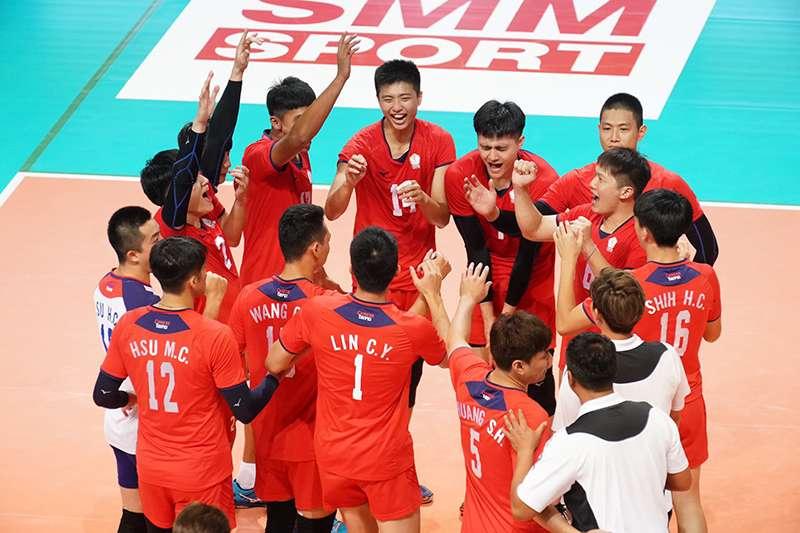 中華男排今天在亞洲盃以3比1的局數擊敗預賽第一的哈薩克,挺進亞洲盃4強,首戰將遭遇預賽曾落敗的伊朗,誓言復仇。(圖中華排協提供)