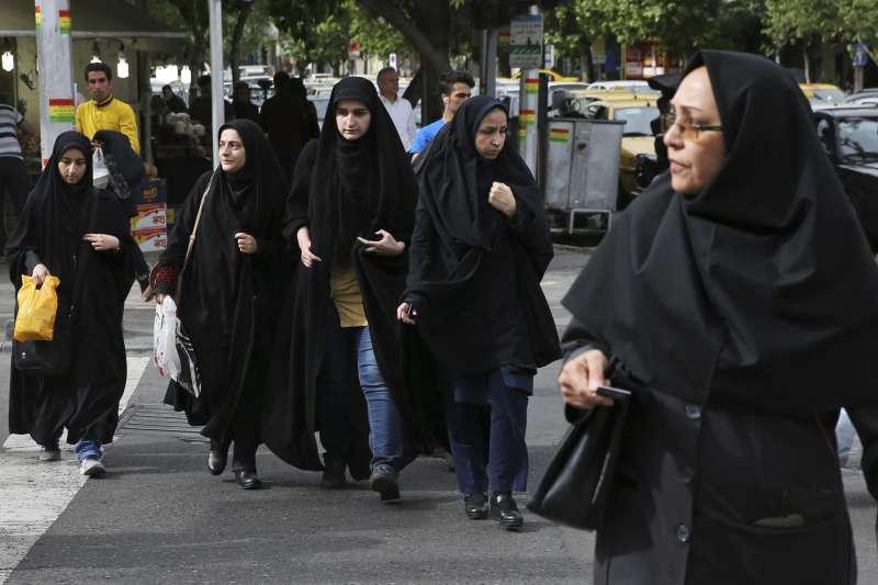 伊朗女性權益遭到重重打壓(AP)