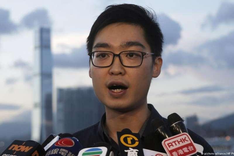 香港民族黨召集人陳浩天。(德國之聲)