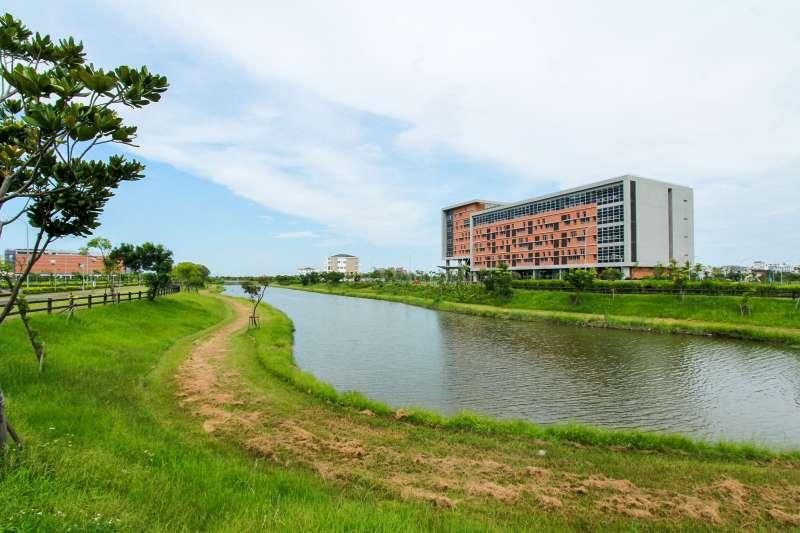 宜蘭科學園區坐擁良好環境、宜人風光與便利交通,吸引「數位創意」及「通訊知識服務」產業進駐,營造群聚效應,發展特色產業聚落。(圖/金屬中心提供)
