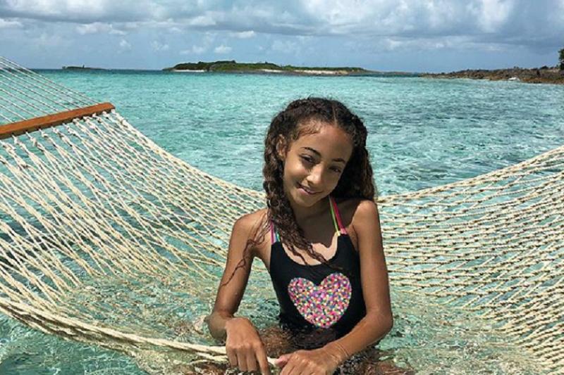 皮朋(Scottie Pippen)的小女兒索菲亞年僅9歲,便已簽下人生中第一條合約,參加真人秀節目便有5萬美元(155萬台幣)進帳。(圖取自索菲亞個人IG)
