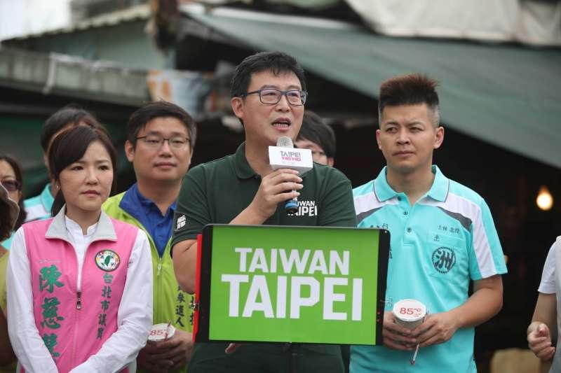 台北市長柯文哲昨直言,配票是20年前民主政治萌芽階段才比較會使用,這時代還搞配票「很好笑」,姚文智則反擊「因為他沒有人可以配票」。(資料照,姚文智辦公室提供)