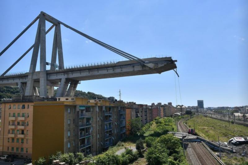 義大利的莫蘭蒂大橋(AP)