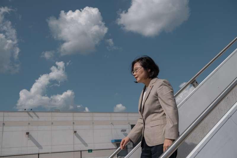 總統蔡英文出訪「同慶之旅」返國,薩爾瓦多隨即宣布與我斷交(取自總統府)