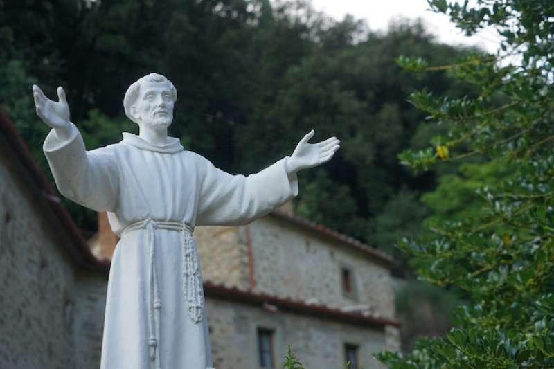 聖方濟各雕像。(曾廣儀攝)