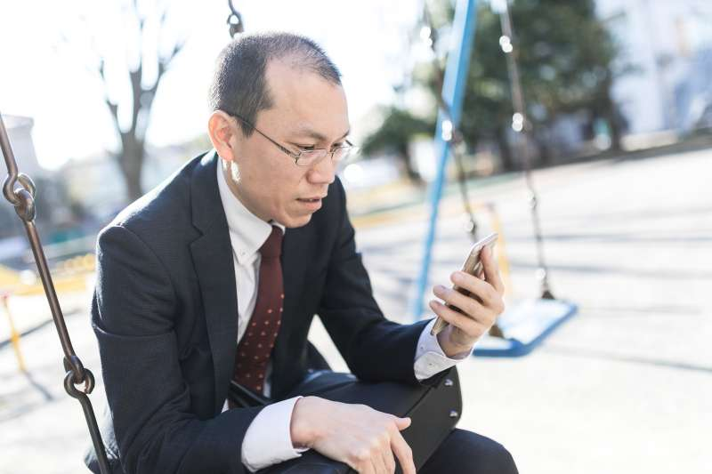 五十多歲邁入中老年,許多人都會拿年齡當藉口,卻阻礙了本可以美好的退休生活...(圖/すしぱく@pakutaso)