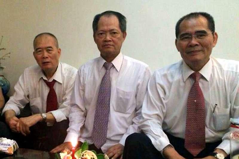 莊隆文(左)、莊隆慶(中)、莊隆昌(右)三兄弟。(資料照,翻攝莊隆慶臉書)