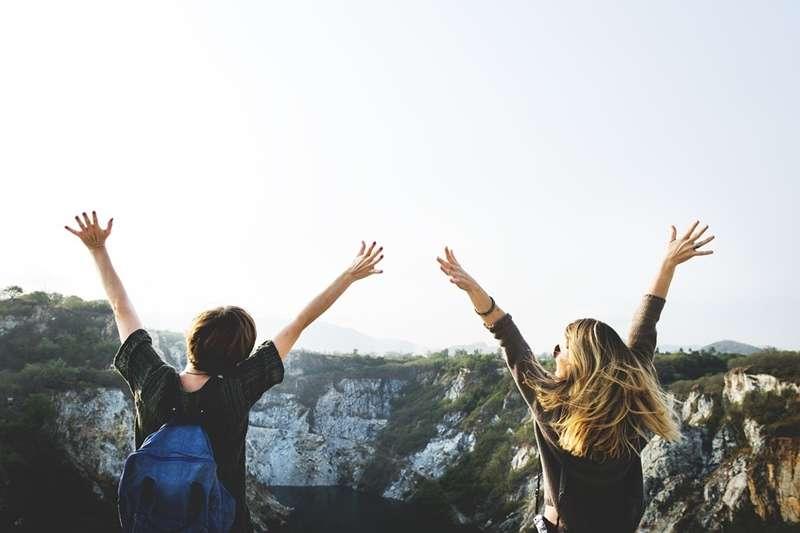 暑假轉眼間就已經接近尾聲啦,隨著開學日漸漸逼近,你是不是也陷入開學恐慌了呢?(圖/rawpixel@pixabay)