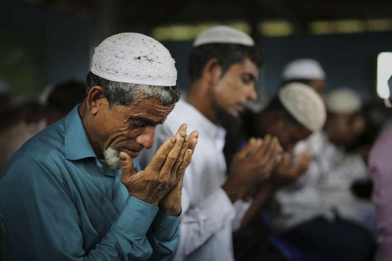 飽受緬甸政府、軍方迫害的羅興亞人(AP)