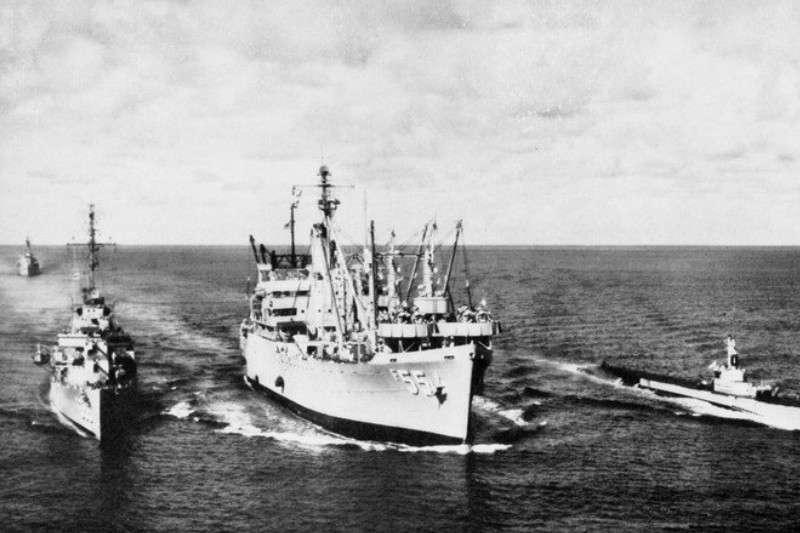 1958年第二次台灣海峽危機時,在台海巡航的美國海軍軍艦。(圖/維基百科)