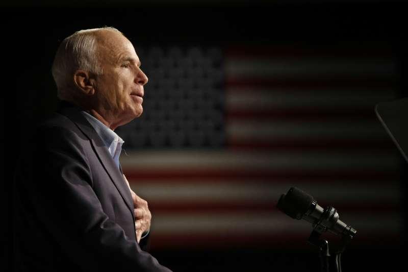 美國共和黨政壇大老馬侃(John McCain)辭世。(美聯社)