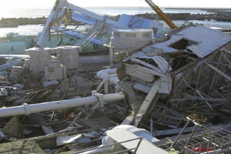 海嘯沖毀核能廠最重要的第一道防線,海水抽水機(露天設置的!)(賀陳冉提供)
