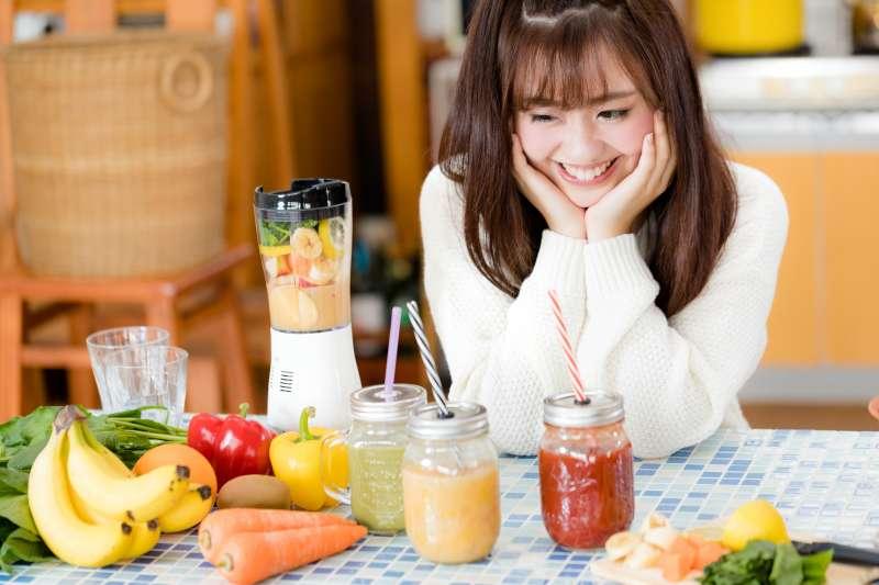 脾胃 腎虛 吃什麼藥 , 網傳每天喝一杯紅蘿蔔汁,就能改善脂肪肝?營養學教授打臉謠言:做好這3件事更重要!