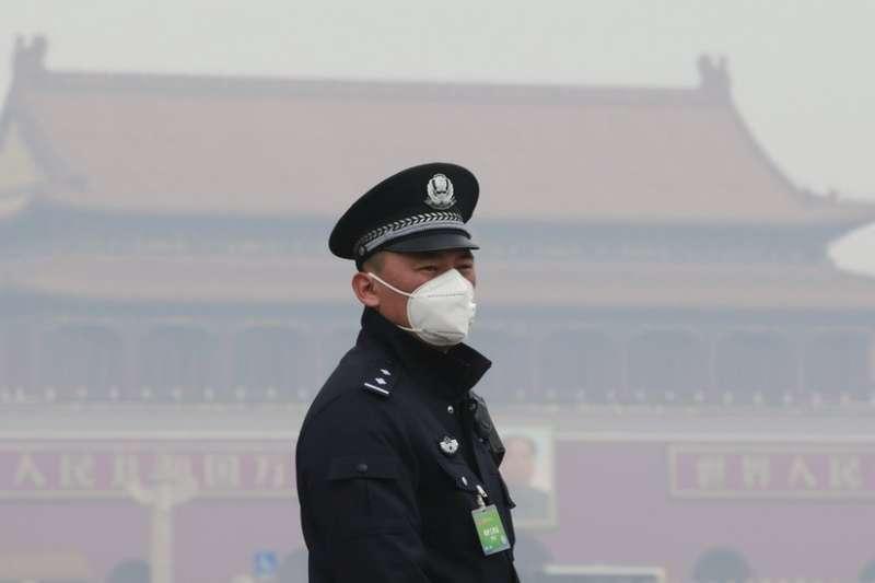 最新研究指出,長期戶外接觸污染空氣的老年男性智力最受影響。(圖/BBC中文網)