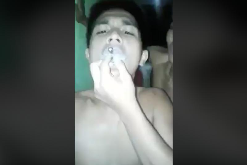 Lumilevel Up上的吸毒影片。