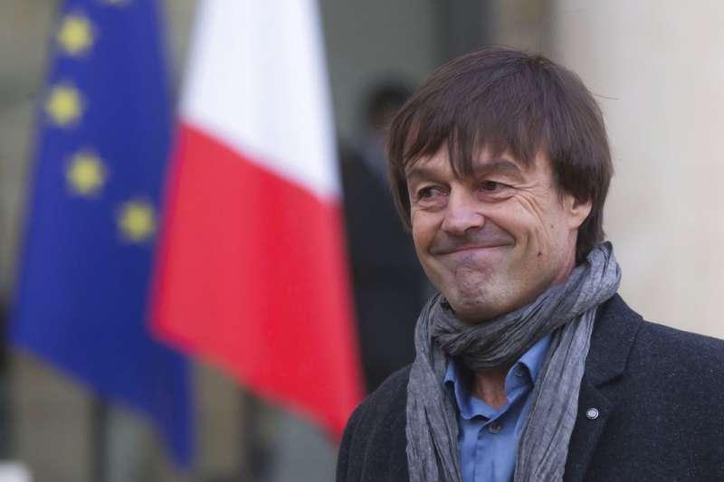 法國環境部長余洛(Nicolas Hulot),不滿馬克宏政府環保政策,28日在電台節目辭職。(美聯社)