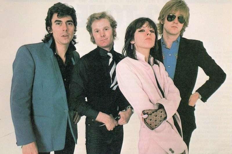 「偽裝者合唱團」(Pretenders)的創始者、主唱兼吉他手克莉絲.辛德(Chrissie Hynde),是極為珍貴的一顆搖滾明珠。(圖/華納音樂)