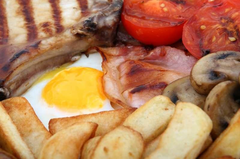膽固醇真的是吃出來的嗎?(圖/pixabay)