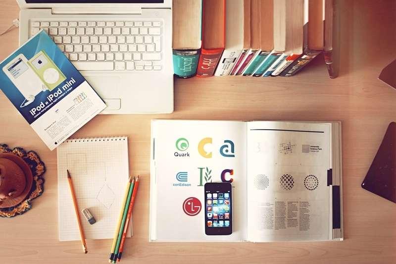 學習沒時間沒動力?這些省時省力,運用零碎時間就能達成良好學習效果的輔助學習APP,輕鬆能為上班族和學生帶來學習高生產力,找回對學習的熱情與興趣!(圖/Tirachard Kumtanom@pexels)
