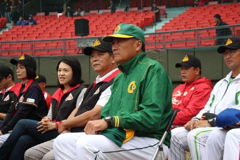 許順益教練(中)這次亞運擊敗韓國揚名亞洲棒球界。(圖取自中華棒協官網)