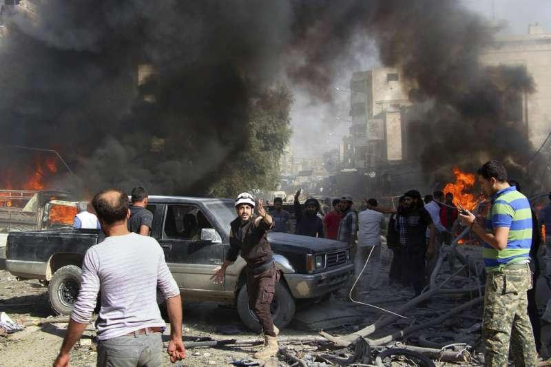 敘利亞內戰:伊德利卜、白盔隊、敘利亞民防隊(AP)