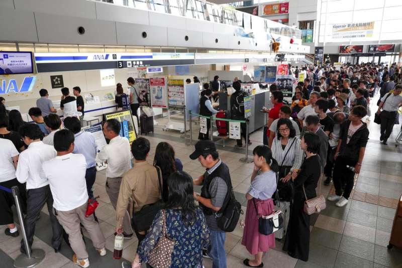 北海道6日凌晨發生強震,目前有近800台灣旅客滯留,外交部目前已派員協助。(資料照,美聯社)