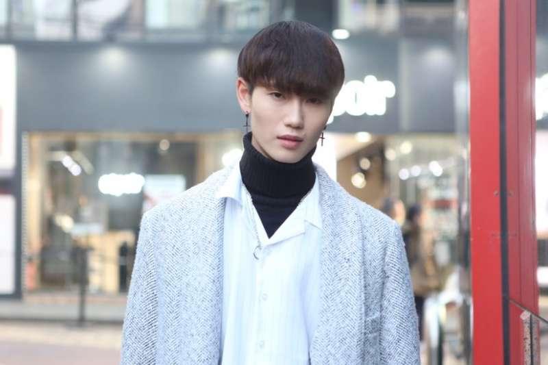 愛美妝的韓國男人:「花樣男孩」的柔美陽剛氣。(BBC中文網)