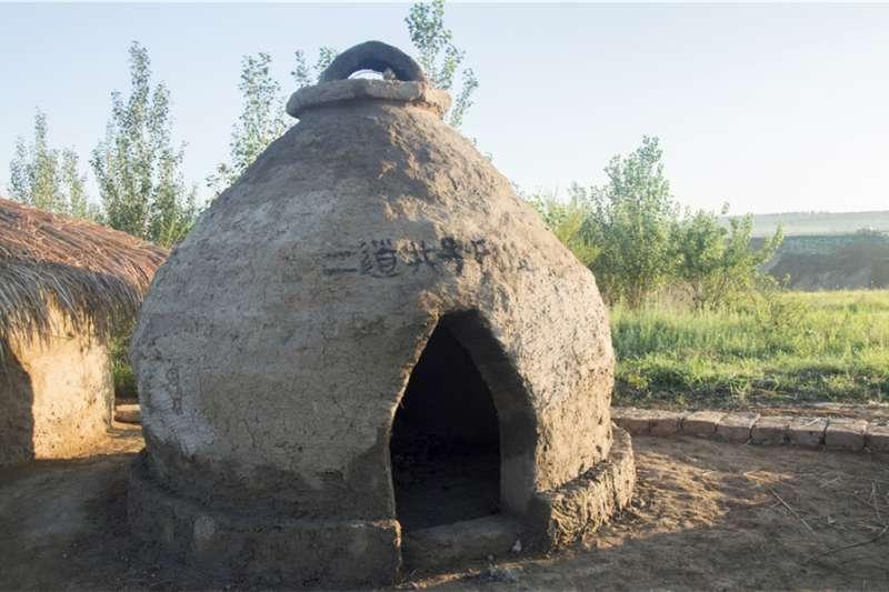 「東方龐貝城」圓形穹頂的小屋。(新華社)