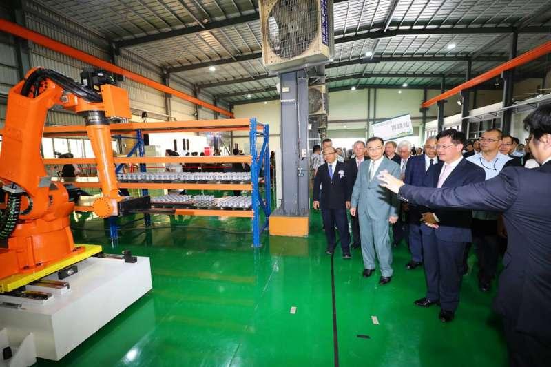 台灣的工具機產業受到貿易戰的影響導致出口衰退。(資料照片,圖/台中市政府)