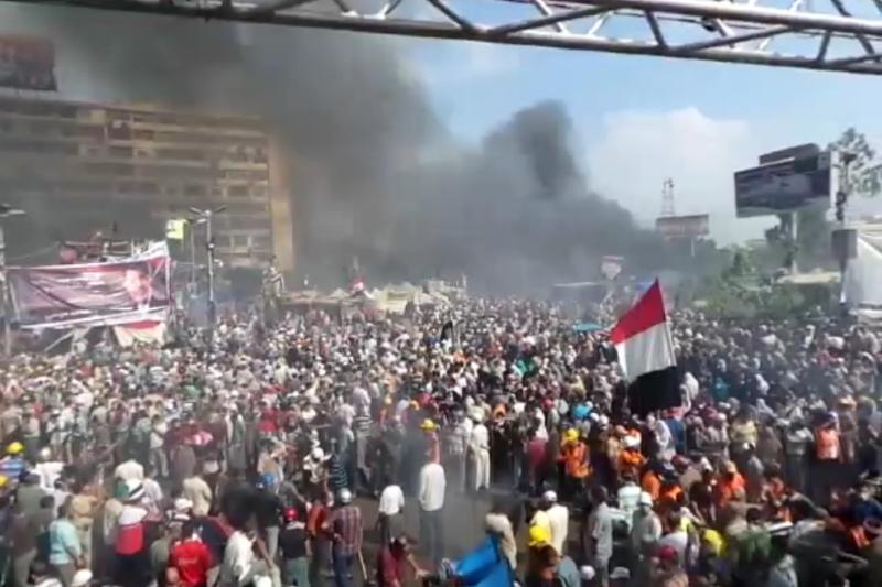 2013年8月,埃及軍方屠殺支持穆爾西總統的民眾(Amsg07@Wikipedia / CC BY-SA 3.0)