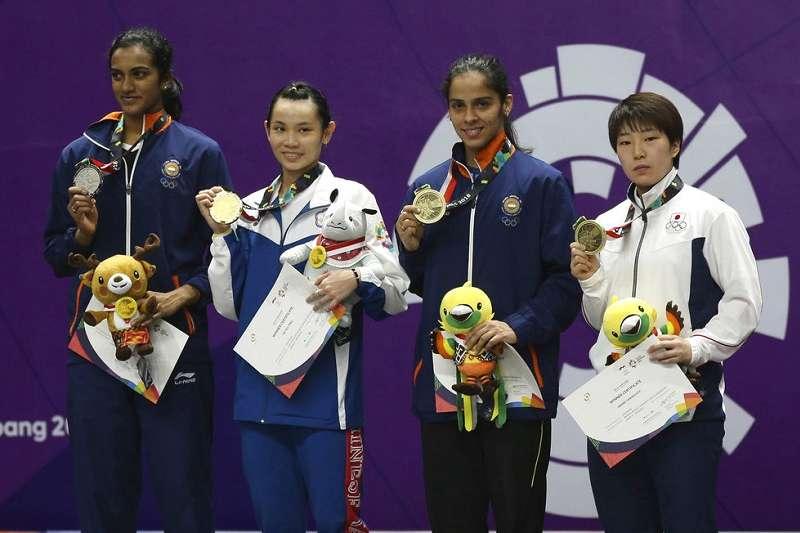 印度辛度(左起) ,台灣戴資穎,印度塞娜與日本山口茜是今年亞運大贏家。(美聯社)