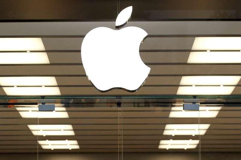 儘管iPhone銷售成長的動能已經減弱,但仍然是主導蘋果股價的主要引擎。(資料照,美聯社)