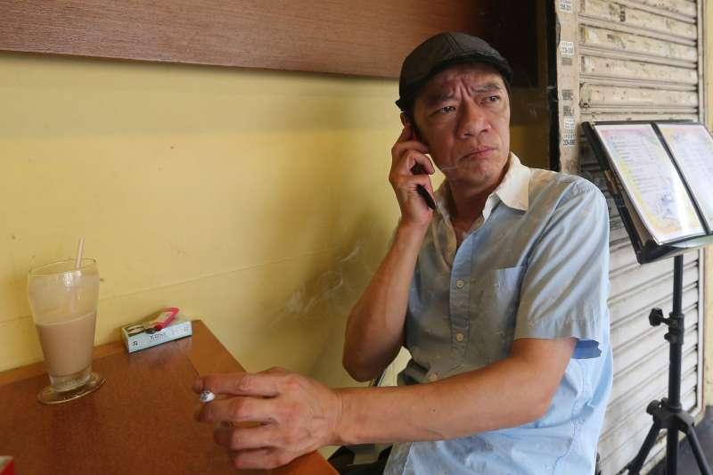 演戲演了大半輩子,吳朋奉卻沒有丟失自己的樣子。(圖/文化+提供)
