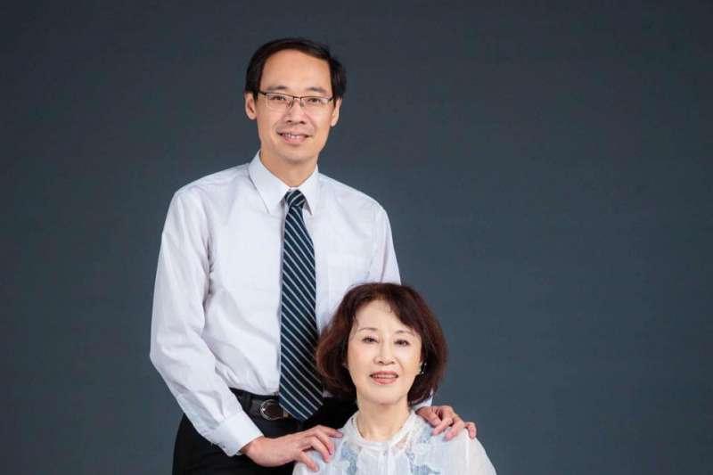 楊偉中母親曾縵雲今日接受《基督教論壇報》訪問時表示,「上帝知道偉中累了,所以接他走了。」(取自曾縵雲臉書)