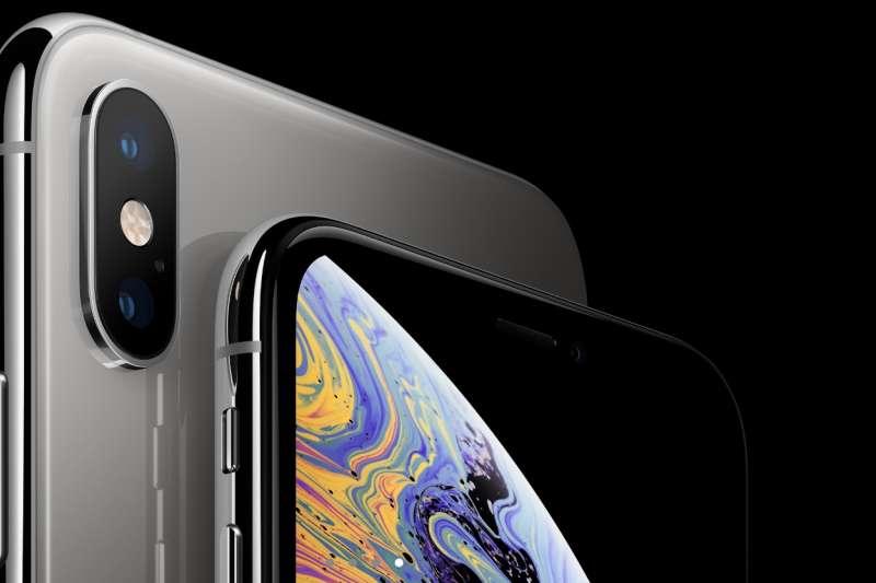 蘋果自發表iPhoneXS以來,外傳因新款手機因價格因素,銷量不如預期,產業鏈已受到影響,不少零件供應商出現放假、停產,甚至裁員的情況。(蘋果官網)