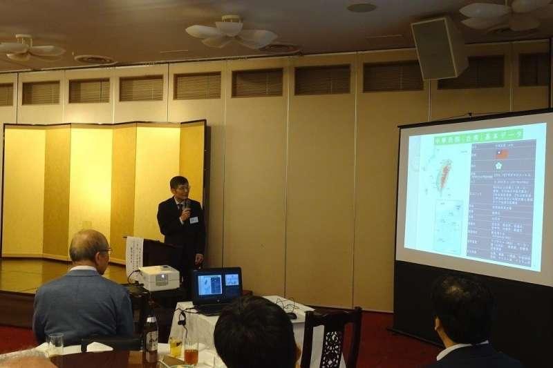 蘇啟誠9月12日赴神戶演講。(駐大阪辦事處官網)