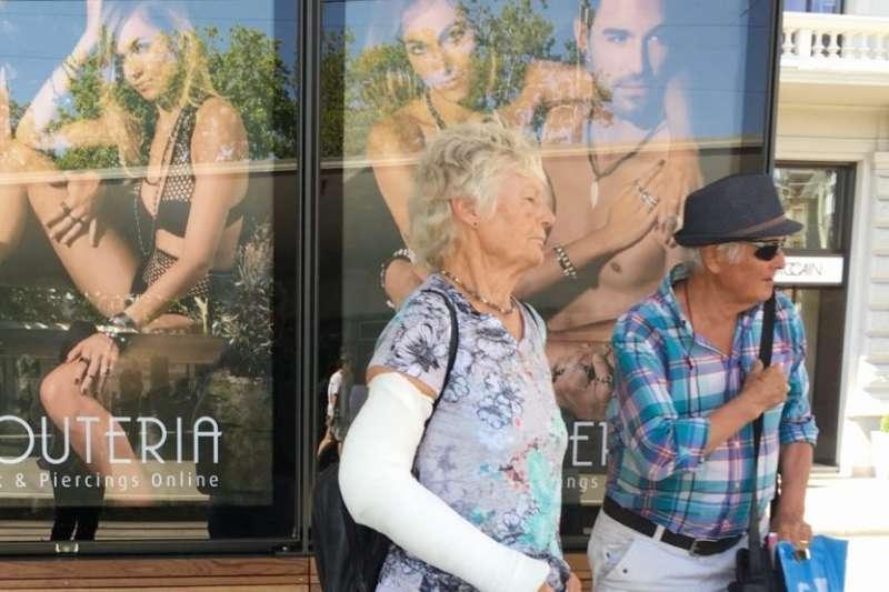 跟一個退休的人約會(date a Rentner)平台的會員無遠弗屆,解決老年生活寂寞的問題。(圖/安可人生提供)