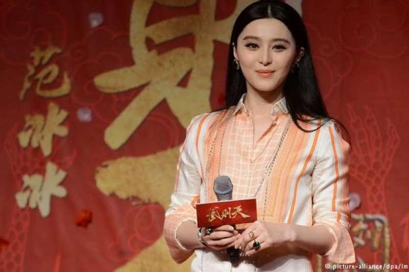 隨著以范冰冰為首的中國明星,紛紛深陷查稅風暴,大量作品被延後拍攝,過往大批劇組進駐的橫店影視城,也變得冷清起來(圖/德國之聲)