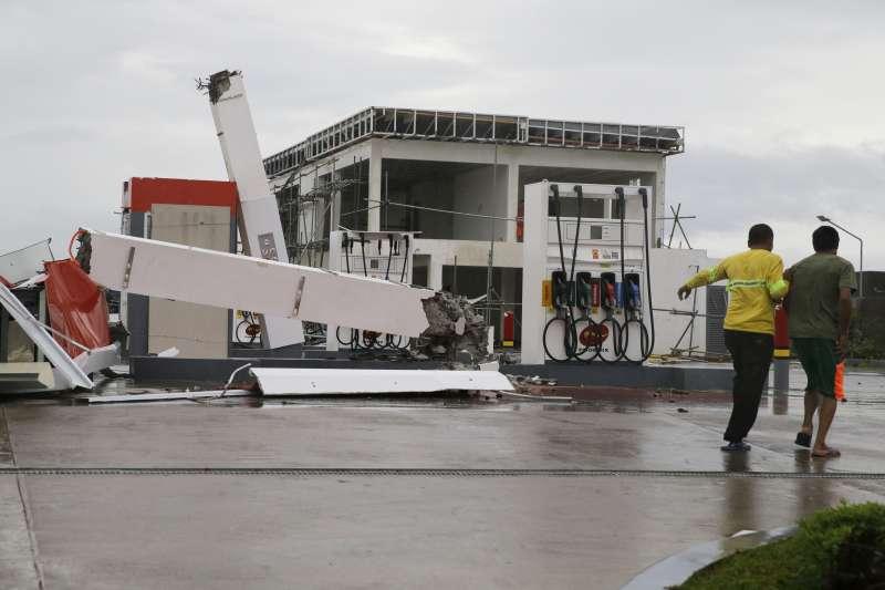 2018年9月15日,強烈颱風「山竹」襲擊菲律賓(AP)