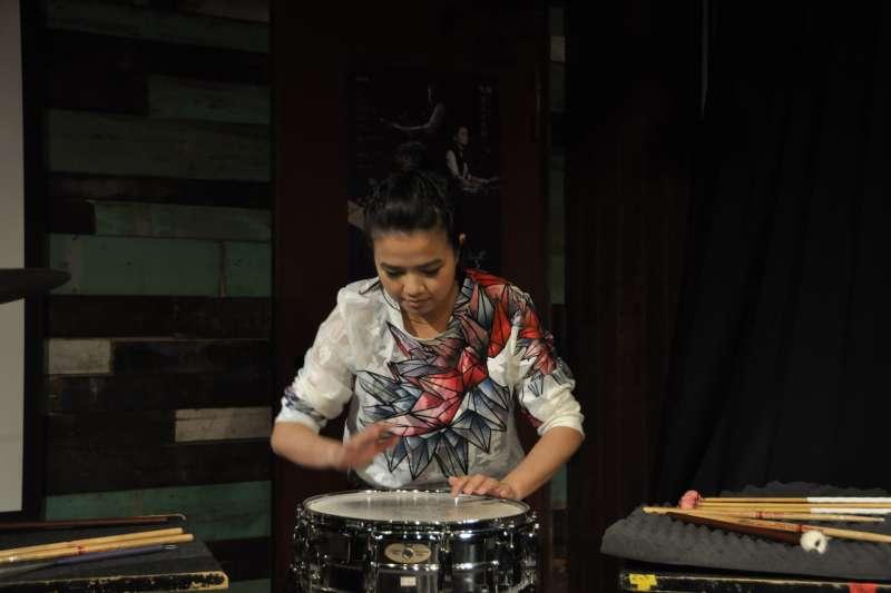 20180918-朱宗慶打擊樂團18日舉行記者會宣布,本次將由樂團培訓多年的團員戴含芝、陳妍臻,分別於9月26、27日帶來獨奏會。戴含芝的演奏會名為《Moi》。(朱宗慶打擊樂團提供)